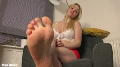 Sexy blonde licking feet and pissing on her foot, feet fetish - Mya Quinn