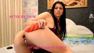 I fulfill the wishes of a hot client in a web cam show