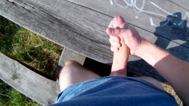 Caught by a jogger just when I cuming...Risky public/outdoors