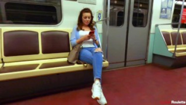 Met in the subway. She loves to suck cock and eat sperm.